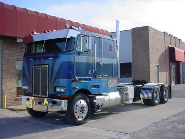 1988 Peterbilt 362 CAbover | love_me_tender_1999 | Flickr