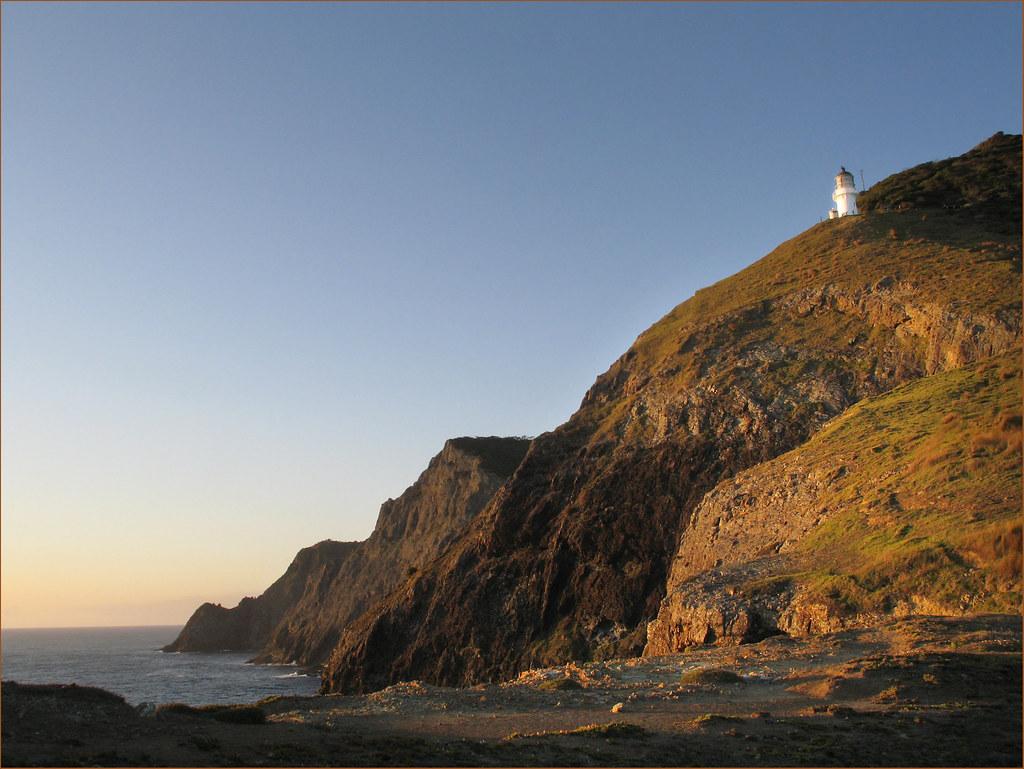 Sunrise at Cape Brett   The lighthouse at Cape Brett. Establ…   Flickr