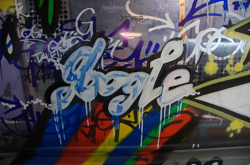 tagging | by tiptoe