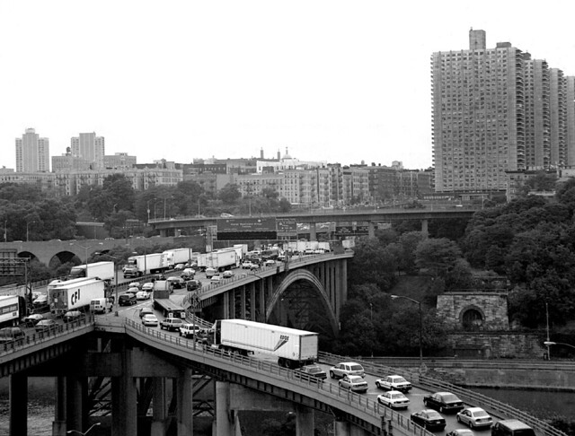 Bridge Apartments Above The Trans Manhattan Expressway Flickr