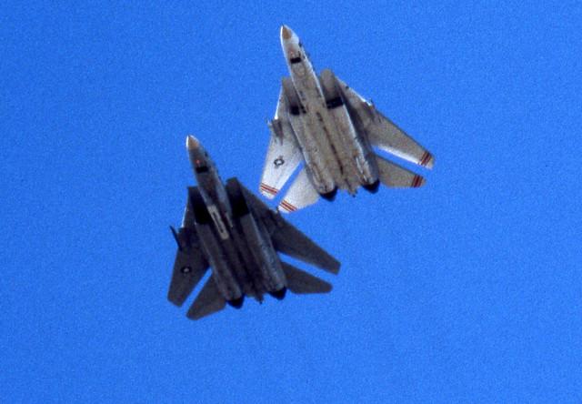 box33 -0016a F-14 Tomcats