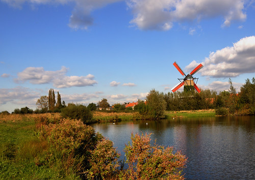 old autumn summer sky panorama brown sunlight reflection fall mill tourism water netherlands windmill colors zeilen rural season outdoors scenery colorful day power view place cloudy outdoor traditional herfst sails scenic nederland peaceful objects nobody scene panoramic structure explore national sail tradition gemeente polder axis molen hollands masterpiece rode drimmelen herfstlandschap terheijden