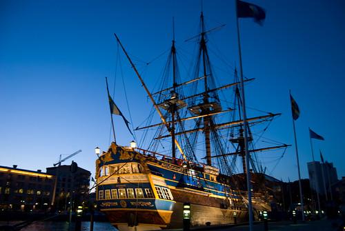 night evening nightshot searchthebest eriksberg ostindiefararen blueribbonwinner götheborg eastindiaman d80 nikond80