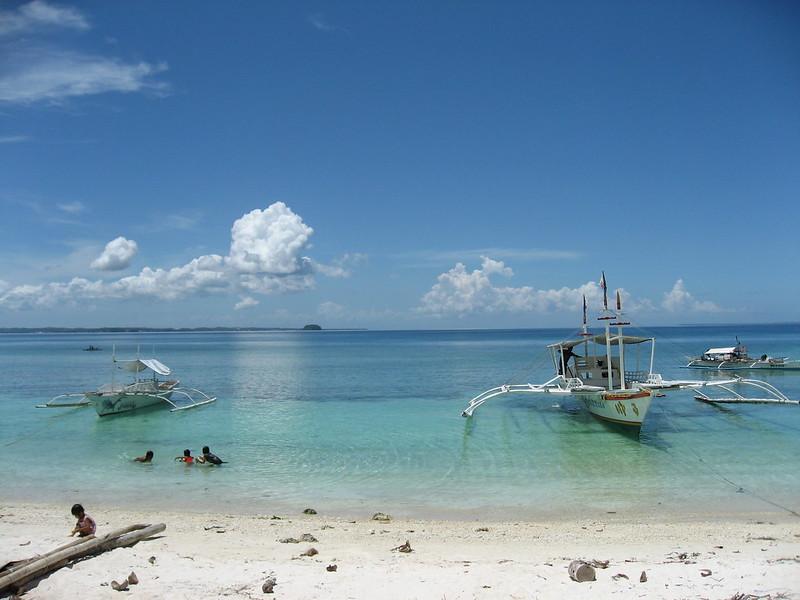 Bangkas along Guimbitayan beach
