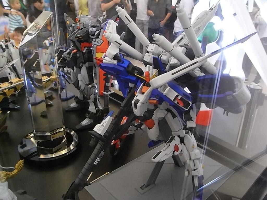 Ex S Gundam Gundam Expo 09 Siam Paragon Isriya Paireepairit Flickr