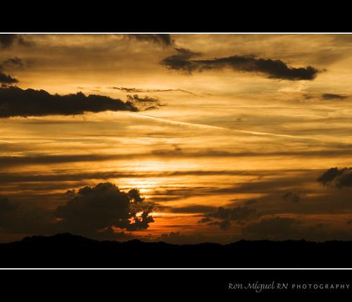 sunset tennessee pigeon gatlinburg forge smokymountains goldenhour sevierville greatsmokymountains kamote canoneos400d canonrebelxti kamoteus2003 kamoteus burabog ronmiguelrn