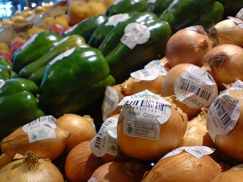 Individually barcoded fruit - Thomas Dux, Glen Waverley   by avlxyz