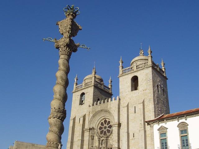 Catedral de Oporto y el pelourinho