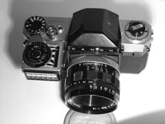 Canonflex RM with Light meter by tocopixel