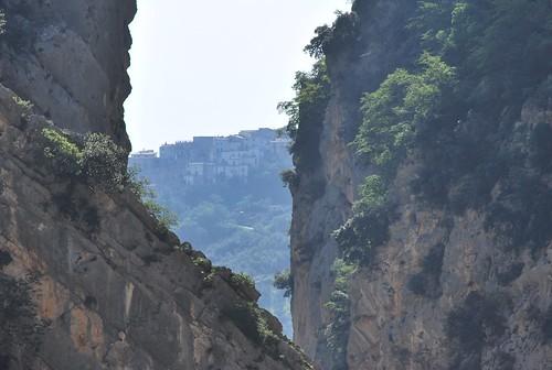 Hiking-up-MtAmaro - 014