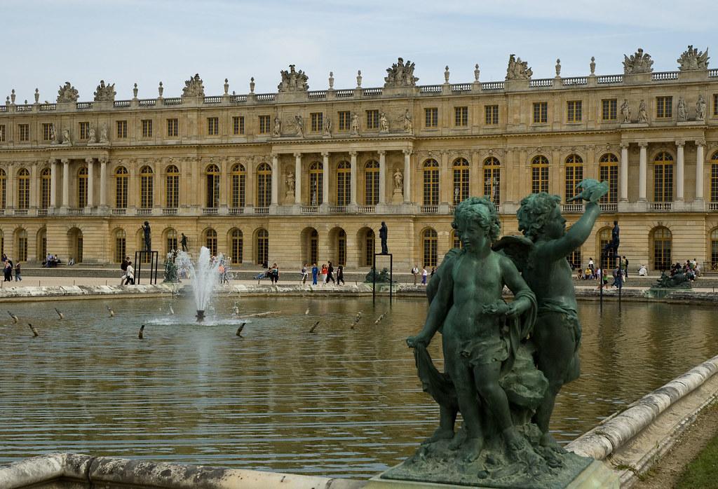 2009 09 06 060 Versailles Le Château Le Corps Central