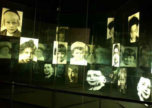 Museo del Holocausto, Jerusalen.  Foto Pedro Guzmán