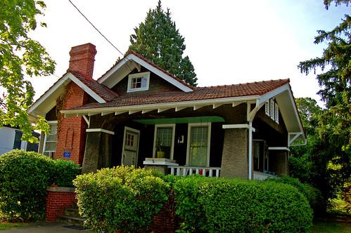 3114 Semmes Avenue Side Gabled Craftsman Cottage With