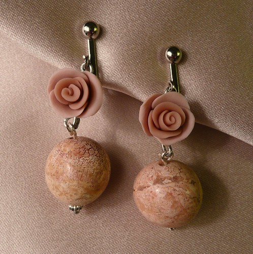 Matched pink rose and stone earrings | by txrosegirl94