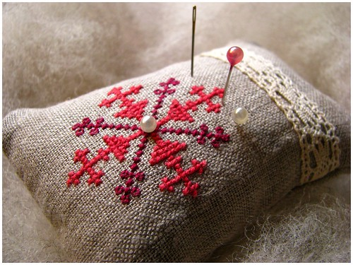 Pincushion with Estonian traditional pattern | by gnilp