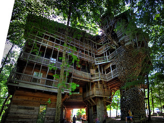 The Minister's Tree House, Crossville, TN | by Chuck Sutherland