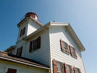 Yaquina Bay Lighthouse No 1 | by kaiyen