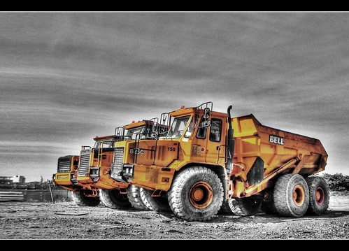 bw yellow cat truck construction bell machinery trucks tone hdr catepillar twotone worldmachineshdr
