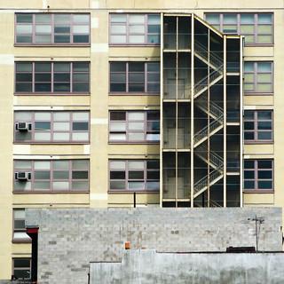 Urban Geometry / 20090910.SD850IS.2755.SQ / SML