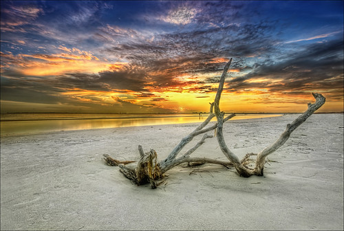 blue sunset sky orange sun beach gulfofmexico water colors clouds sand colorful day florida cloudy flor shoreline hdr fortmyersbeach sigma1020mm fortmyersfl d90 photomatixpro nikond90 bowditchpointpark