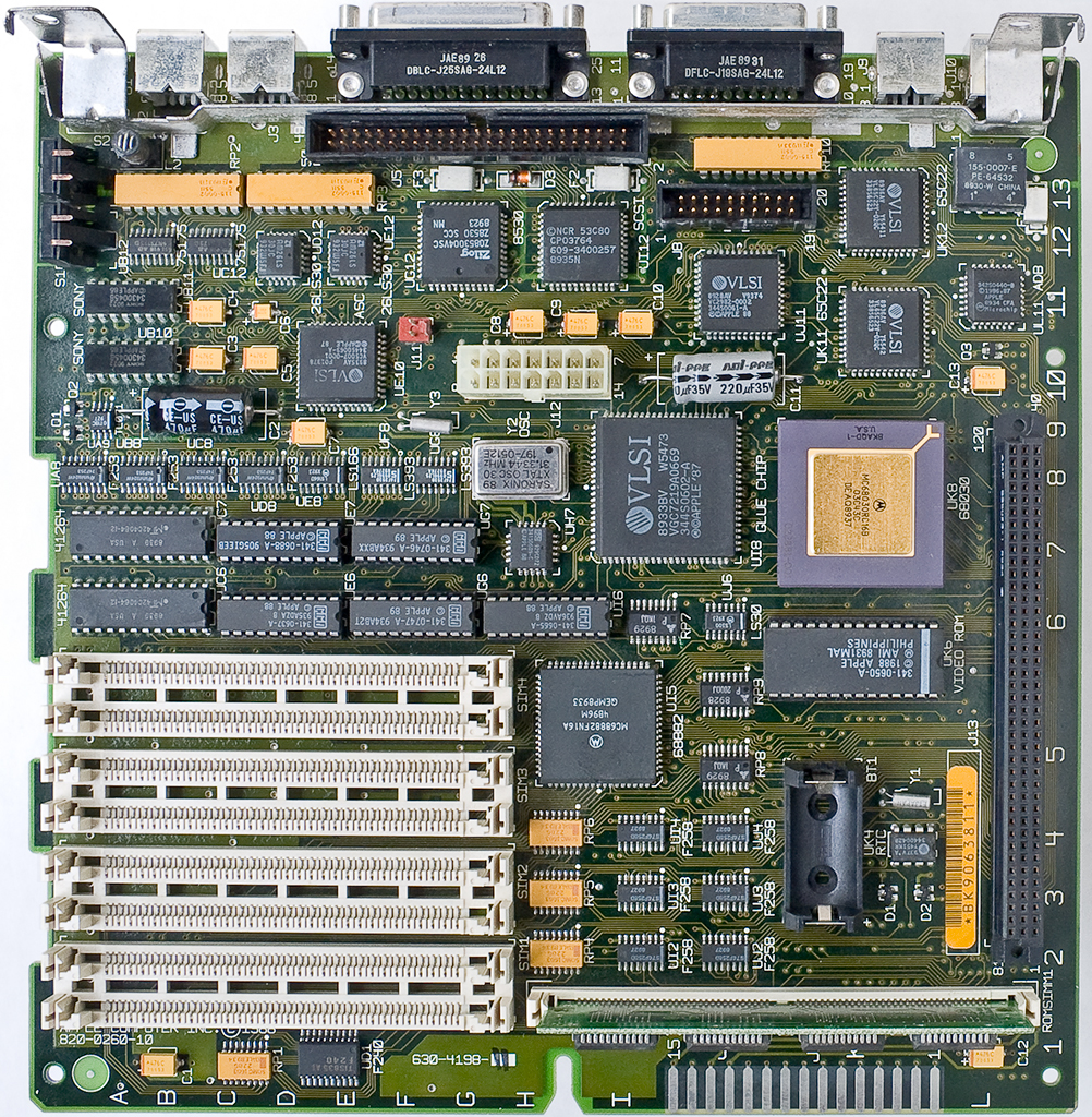 Mac SE/30 Logic Board - AFTER Recap