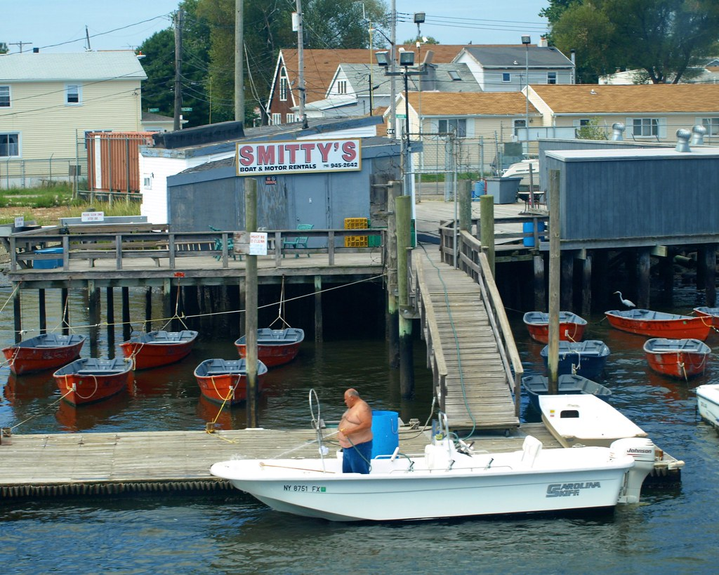 Smitty's Fishing Station on Jamaica Bay, Broad Channel, Qu