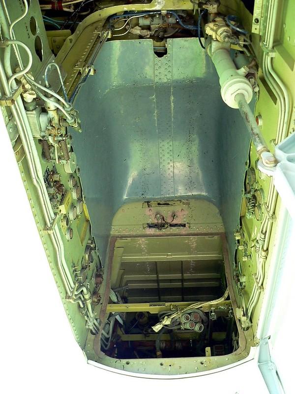 Su-35战斗机侧卫9