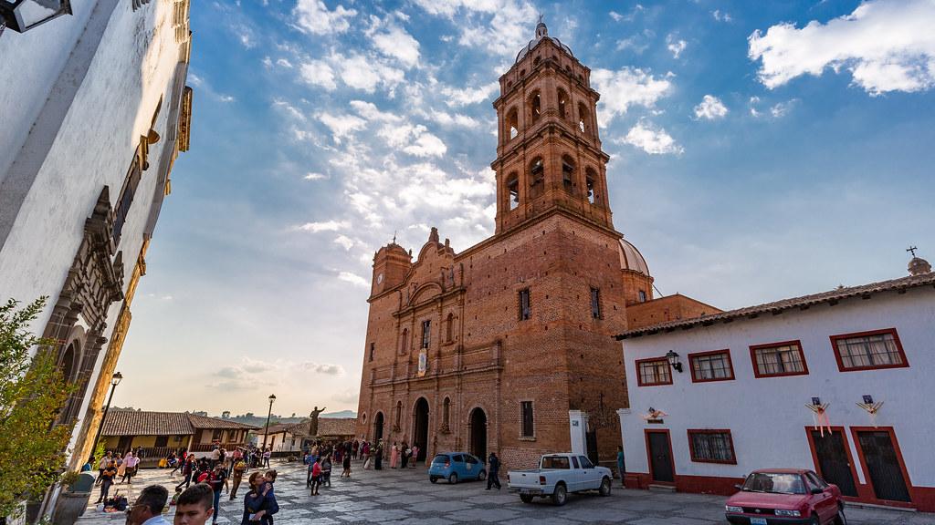 Grandes iglesias como la de San Antonio de Padua y de Nuestra Señora de Guadalupe.