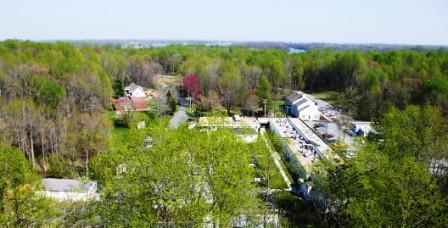 Fri, 04/18/2008 - 18:49 - SERC campus, spring 2009. Credit: SERC