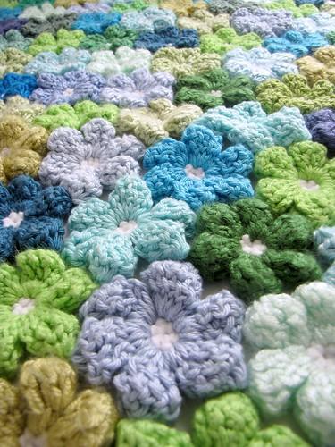 Floral Baby Blanket | by slip stitch
