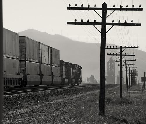 california train canon outdoors trains transportation canondslr bnsf locomotives railroads canon70200f4l alltrains betterinblackandwhite alltypesoftransport