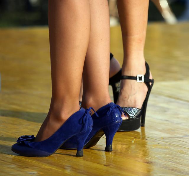 Scarpe Blu e Nere
