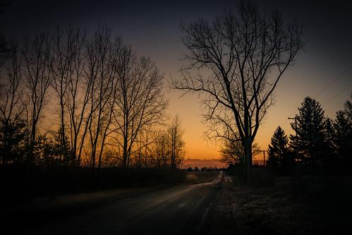 sunrise sielders road east amenacer canoneos5dmarkiv ef24105mmf4lisusm bay county michigan midmichigan glow sun orange trees