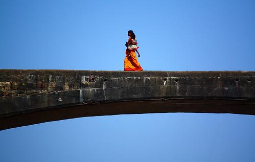 bridge people india canon eos women jabalpur 450d canonefs55250mmf456is aksveer
