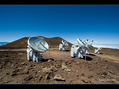 Submillimeter Array (SMA) | by josefrancisco.salgado