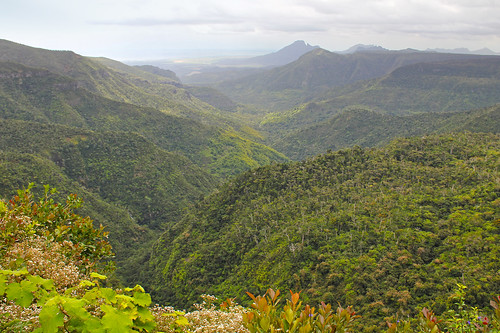 ocean mountains clouds river landscape island rainforest view maurice ile valley tropical mauritius 550d 550dblack