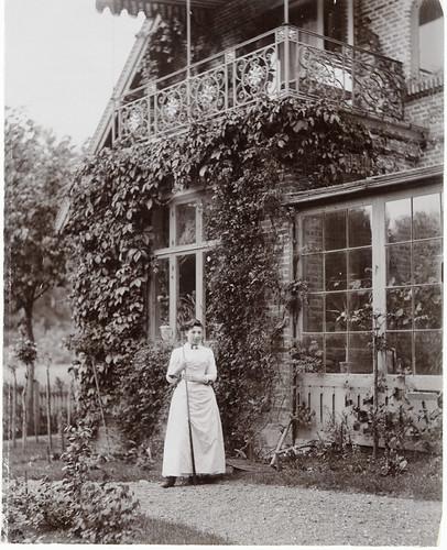 "Woman at ""Skraenten"", Skodsborg, Denmark"
