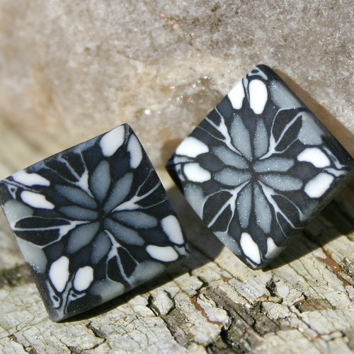 SYMPHONY - Earrings with Kaleidoscope Pattern | by X by Leina Neima