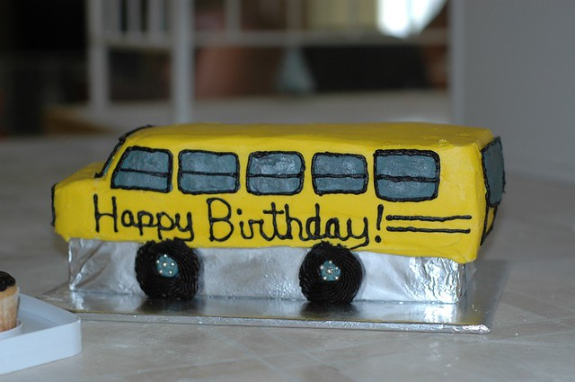 Admirable School Bus Cake School Bus Cake For A Bus Themed Birthday Personalised Birthday Cards Cominlily Jamesorg