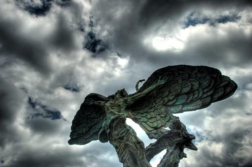 statue geotagged nc nikon elizabeth charlotte northcarolina hdr cpcc clt photomatix tonemapped d80 dougjohnson projectclt centralpiedmentcommunitycollege geo:lat=35217369 geo:lon=80831866 bigjohnsonphotoblogspotcom