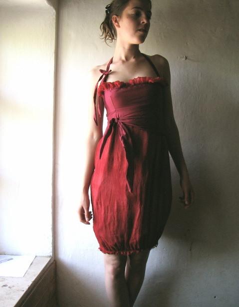 Velvet red dress. - a photo on Flickriver