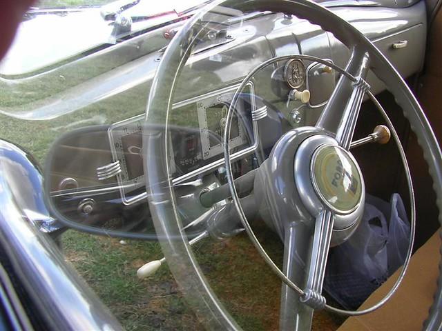UP-31-95 Ford France V8 F-472 1947 Lieren
