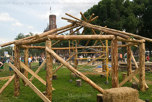 building a roundhouse | Smithsonian Folklife Festival, July