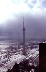 CN Tower, Storm Approaches