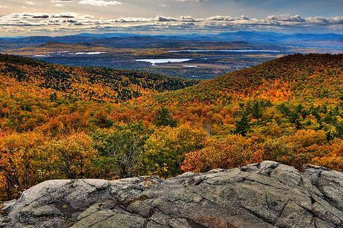 autumn fall landscape maine foliage pleasantmountain