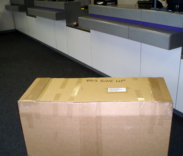 Preparation for the return shipment of the damaged fairing
