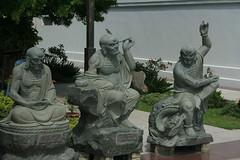 Entrance statues