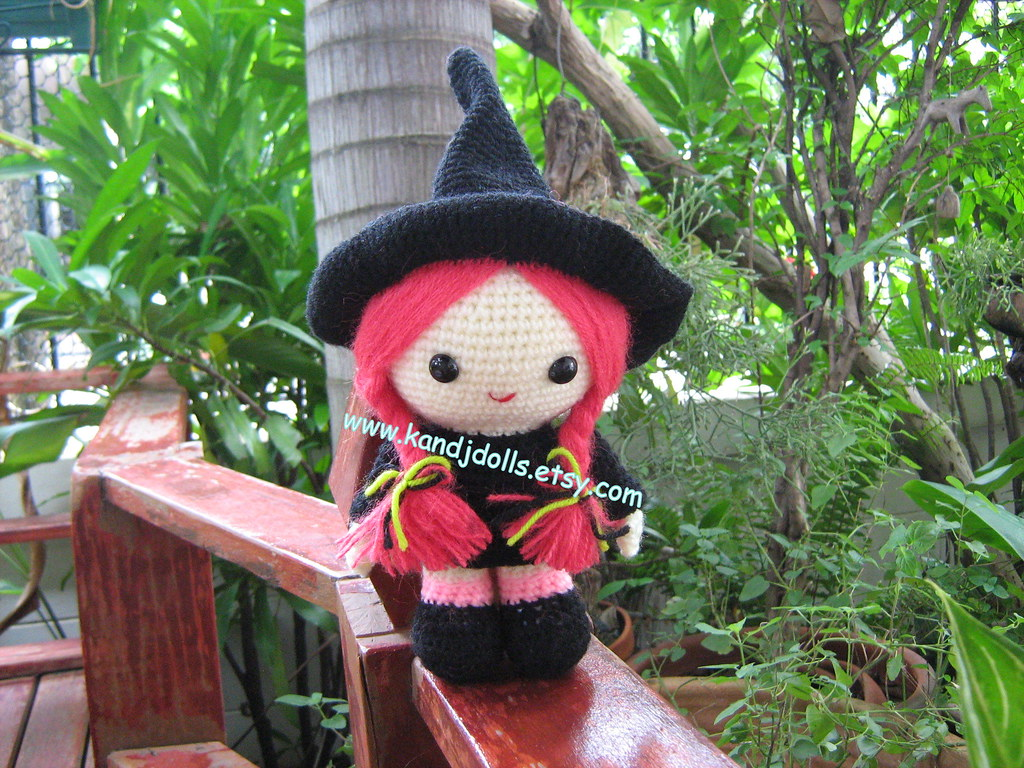 PATTERN Tiny Witch Hat Crocheted in Amigurumi by lostsentiments ...   768x1024
