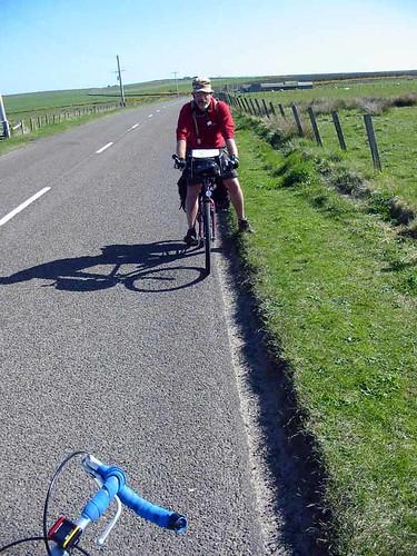 Cyclist near John O'Groats | by Guy R