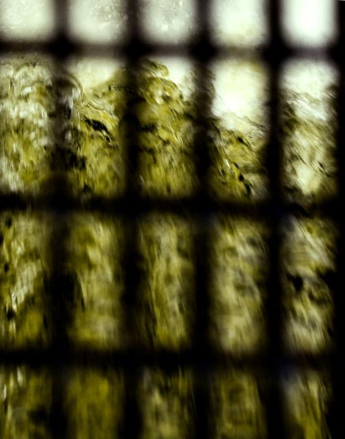 L'eau prisonnière s'échappe